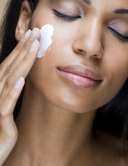 Beauty Glossary: Magnesium. Miracle Anti-Ageing Skin Ingredient To Fight Wrinkles
