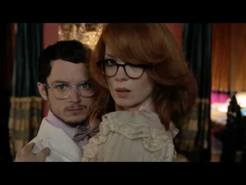 Elijah Wood and Shirley Manson Are Bored on Sundays, in Oliver Peoples Shades