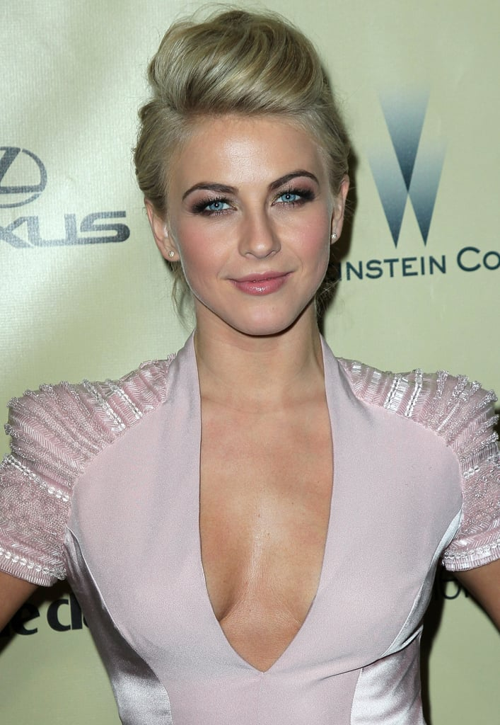 At the 2013 Golden Globe Awards, Julianne Hough opted for a swept-up, voluminous pompadour.