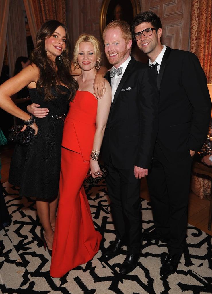 Modern Family costars posed with Elizabeth Banks at the White House Correspondant's Dinner.