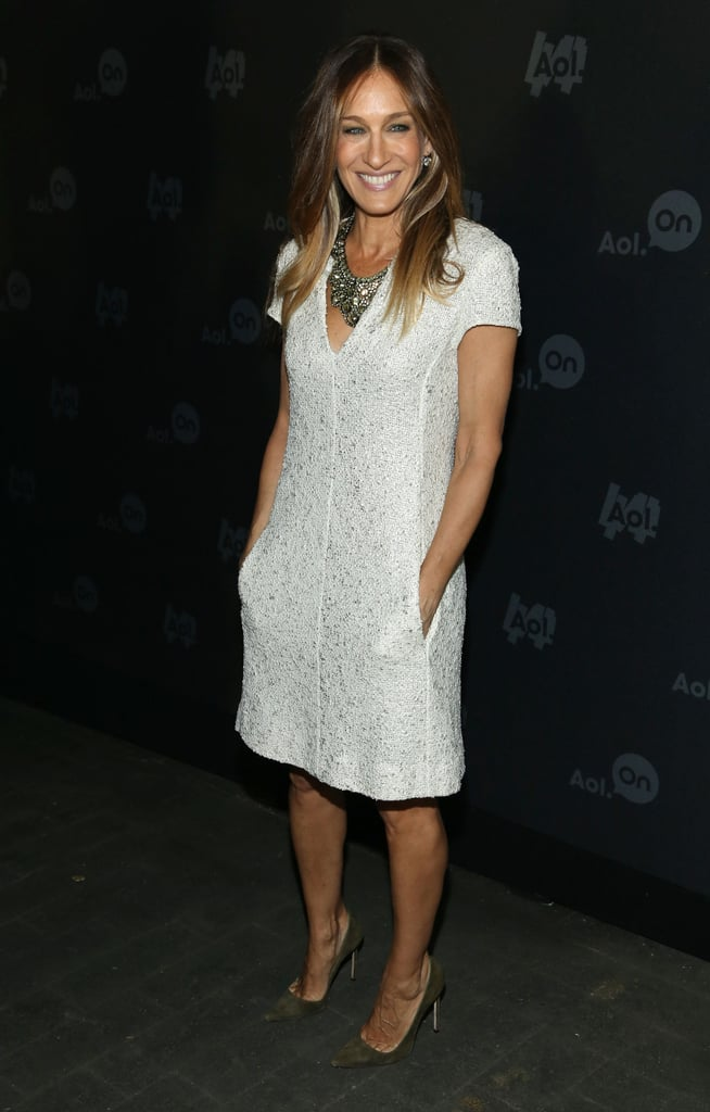 Sarah Jessica Parker looked effortless in her white tweed dress at the 2013 Digital Content NewFront event in NYC. A jewelled statement necklace added much-needed sparkle to her style.