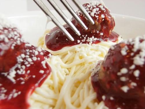 Spaghetti-and-Meatball Cupcakes