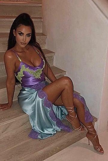 Kim Kardashian Same Versace Dress as Naomi Campbell