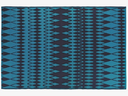 Add a pop of geometric color to your patio with this Delphina Outdoor Rug ($17).