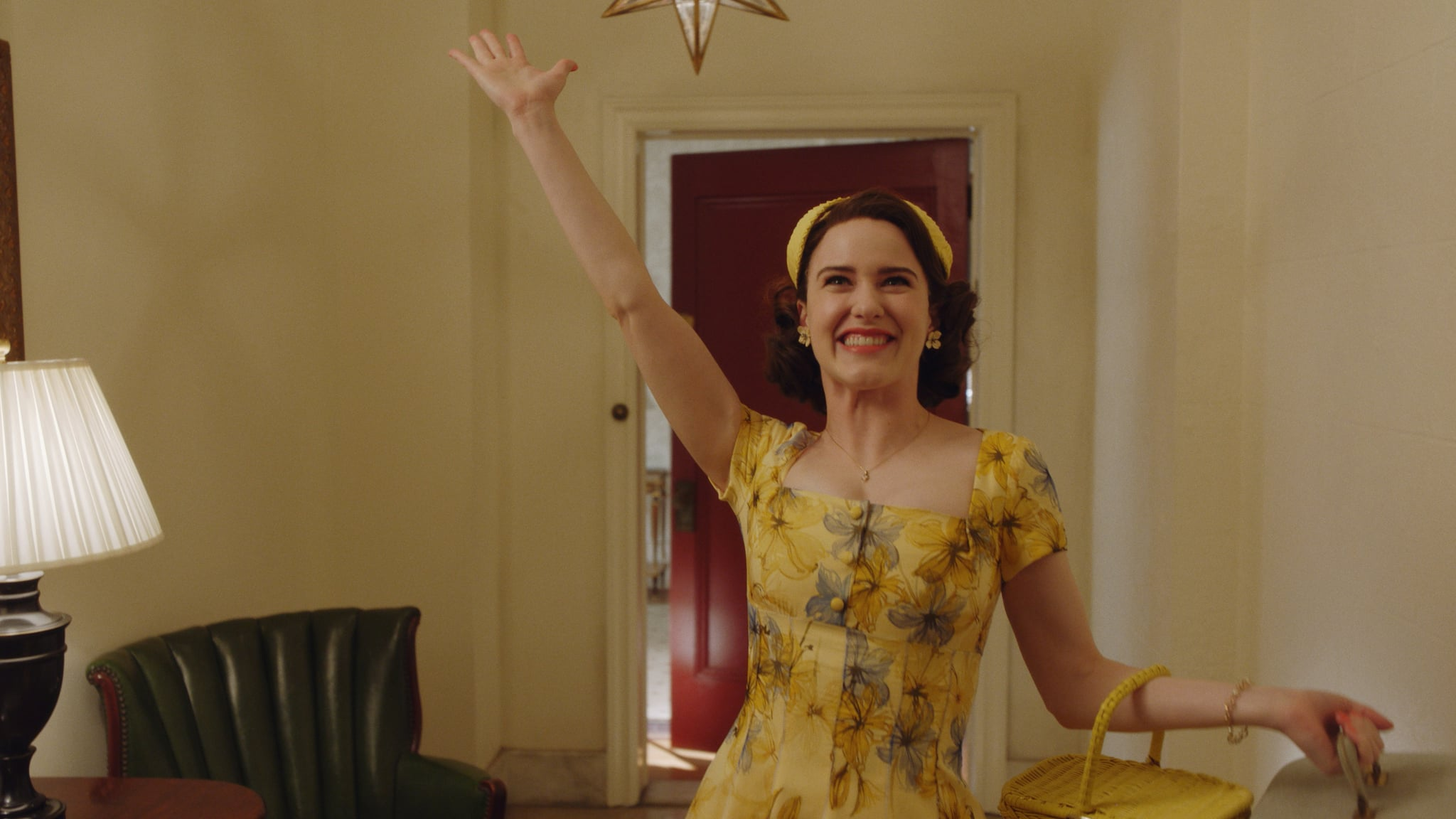 THE MARVELOUS MRS. MAISEL, Rachel Brosnahan, 'We're Going To The Catskills!', (Season 2, ep. 204, aired Dec. 5, 2018). photo: Amazon / Courtesy: Everett Collection