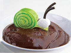 Cute Pre-Halloween Dessert: Edible Snails
