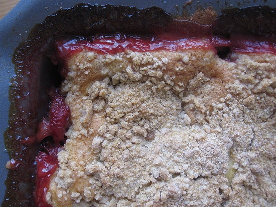 Strawberry Crumb Cake Recipe and Other Top Stories For the Week