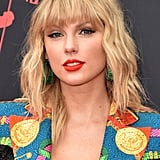Taylor Swift's Bright Coral Lipstick
