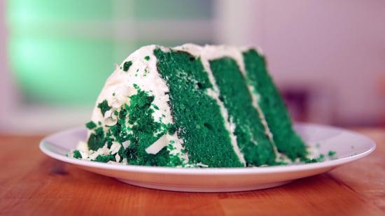 Risultati immagini per green velvet cake