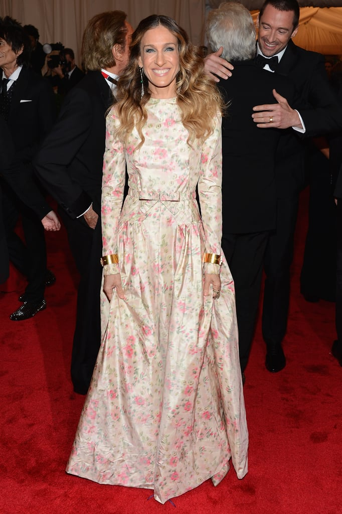 Sarah Jessica Parker smiled in her gorgeous Valentino.