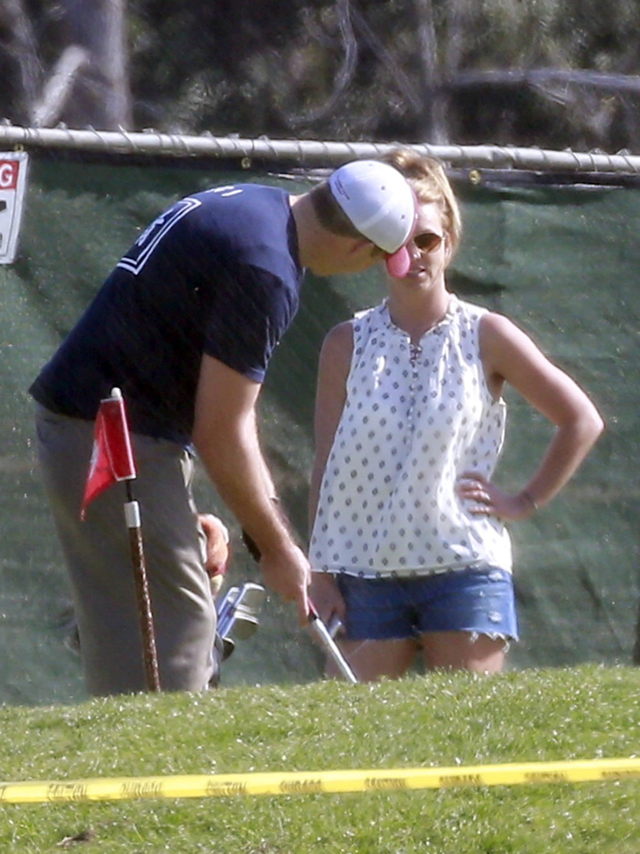 Britney Spears Goes For the Green on Golf Date With New Beau