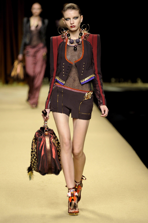 Paris Fashion Week, Spring 2009: Louis Vuitton