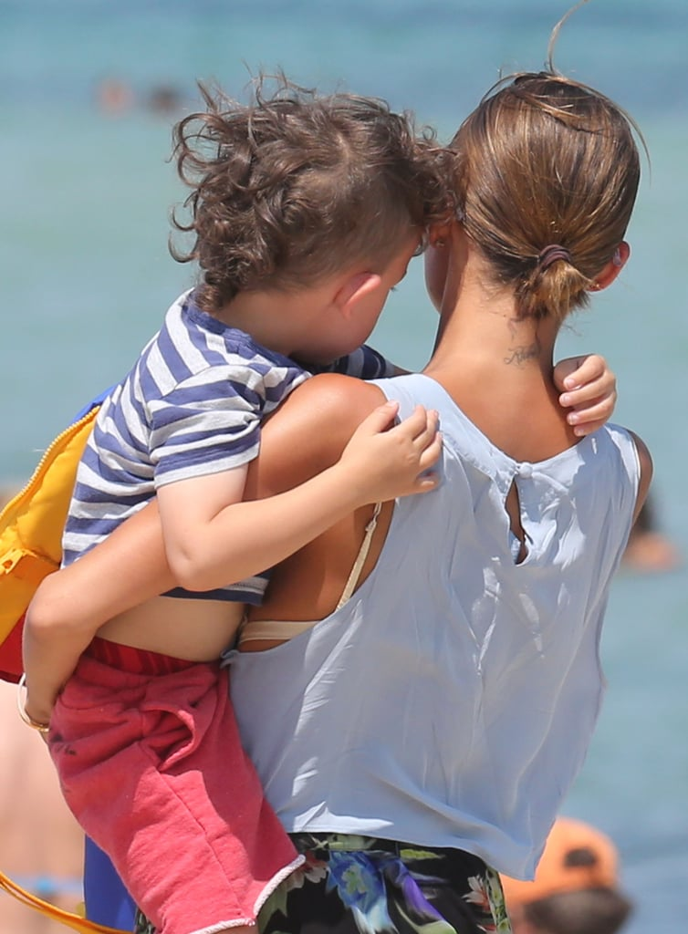 Nicole Richie held on to her son, Sparrow.