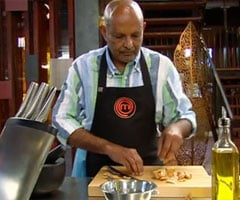 Kumar Pereira Cooks Better Massaman Curry in MasterChef Pressure Test that Sends Andrew Henderson Home