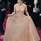 Jennifer Lopez in Elie Saab at the 2015 Oscars