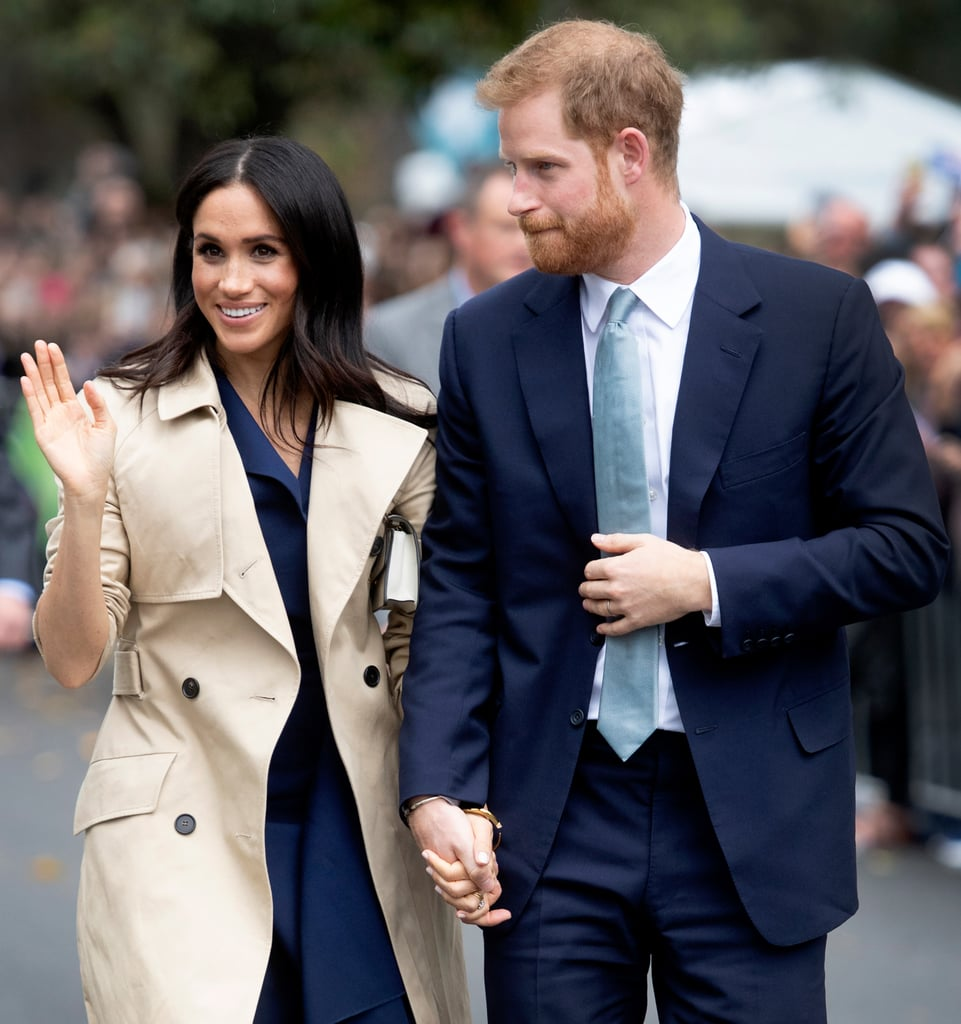 Flipboard: Meghan Markle Recycles Trench Coat, Dons Sky