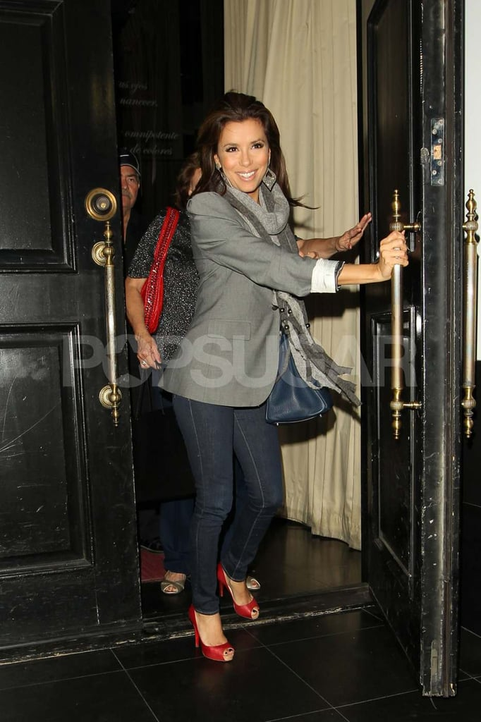 Eva Longoria left Beso with a smile after dining out with her parents, Enrique and Ella, in LA yesterday. She got back from promoting the Las Vegas location of her restaurant chain just in time for the return of Desperate Housewives, and it looks like we'll be seeing even more from the ladies of Wisteria Lane if their contract negotiations all get worked out. Gabrielle Solis will be back on the small screen with a new episode of the hit show this weekend, and Eva will make an appearance as herself at the Golden Globes. She's already started prepping for the big night, though we'll have to wait and see if she brings a new man to accompany her on the red carpet.