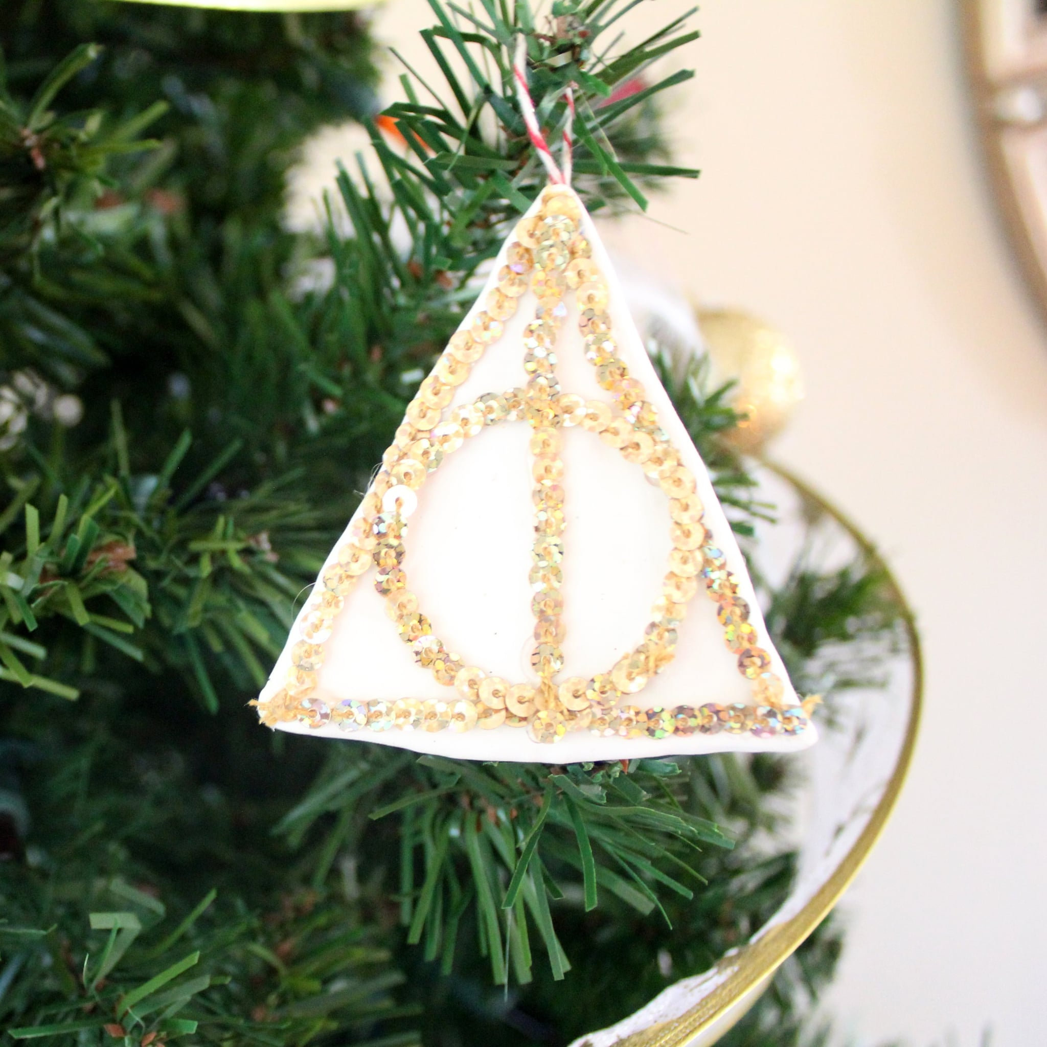 diy harry potter ornaments popsugar smart living - Harry Potter Christmas Decorations