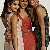 Ariel Winter, Sarah Hyland, and Julie Bowen at the 2011 Emmy Awards