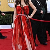 I know that Mila Kunis in Alexander McQueen has left you divided, but I love this gown on her.