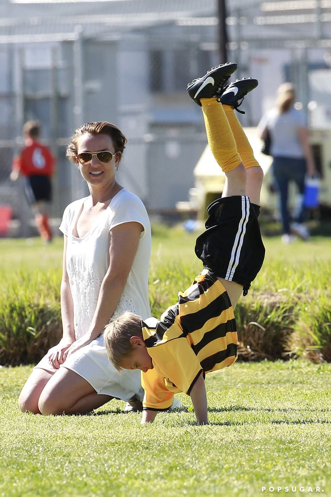 Britney Spears watched Jayden do cartwheels.