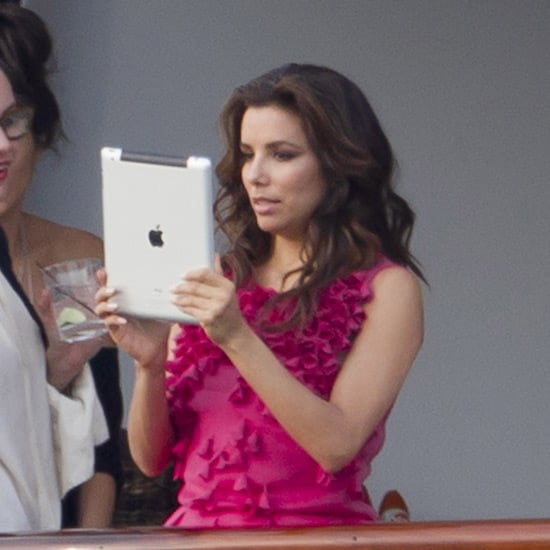 Celebrities With iPads Pictures