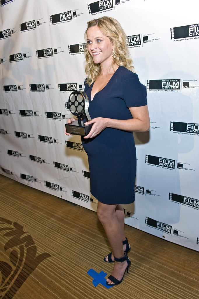 Pregnant Reese Witherspoon Accepts Honours and Talks Baby