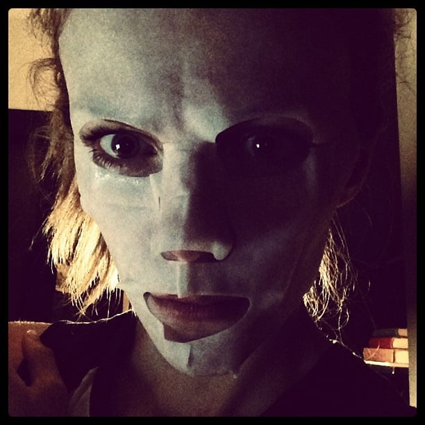 Brooklyn Decker wore a mask to prep her skin, even though she said it made her look like a serial killer. Source: Instagram user brooklynddecker