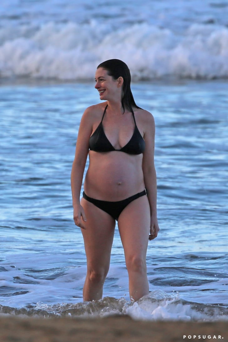 Bikini anne hathaway 38 Hottest