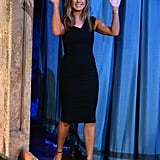 If it ain't broke, don't fix it. Jennifer Aniston waved to fans in a flawless black sheath dress while visiting Jimmy Fallon on his late-night show in August 2013.
