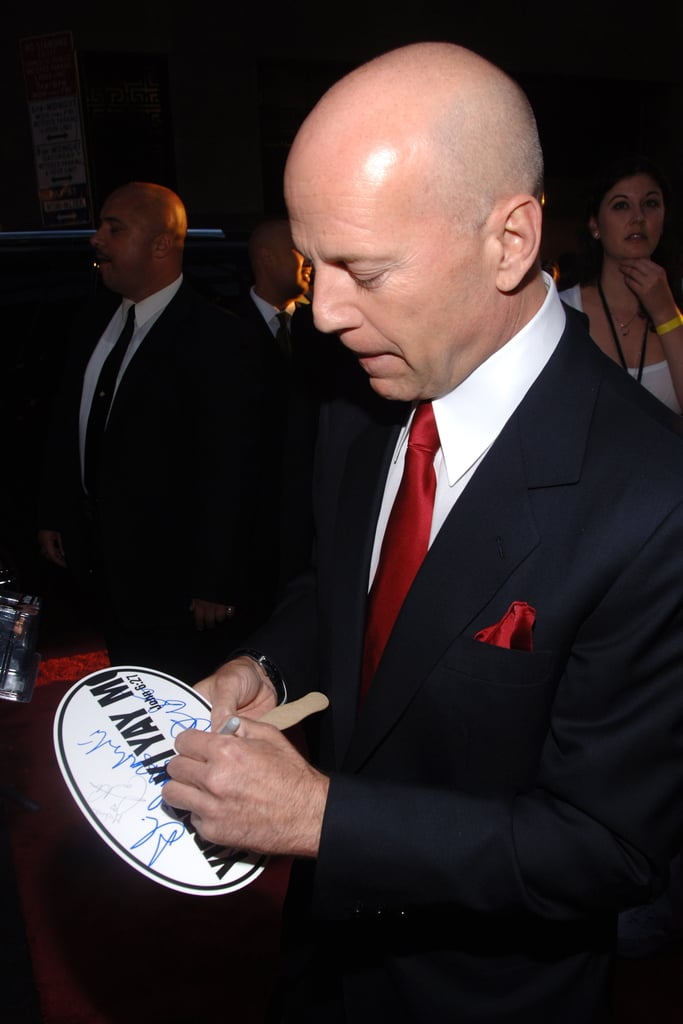Is bruce willis left handed
