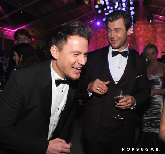 Channing-Tatum-cracking-up-while-mingling-Chris-Hemsworth