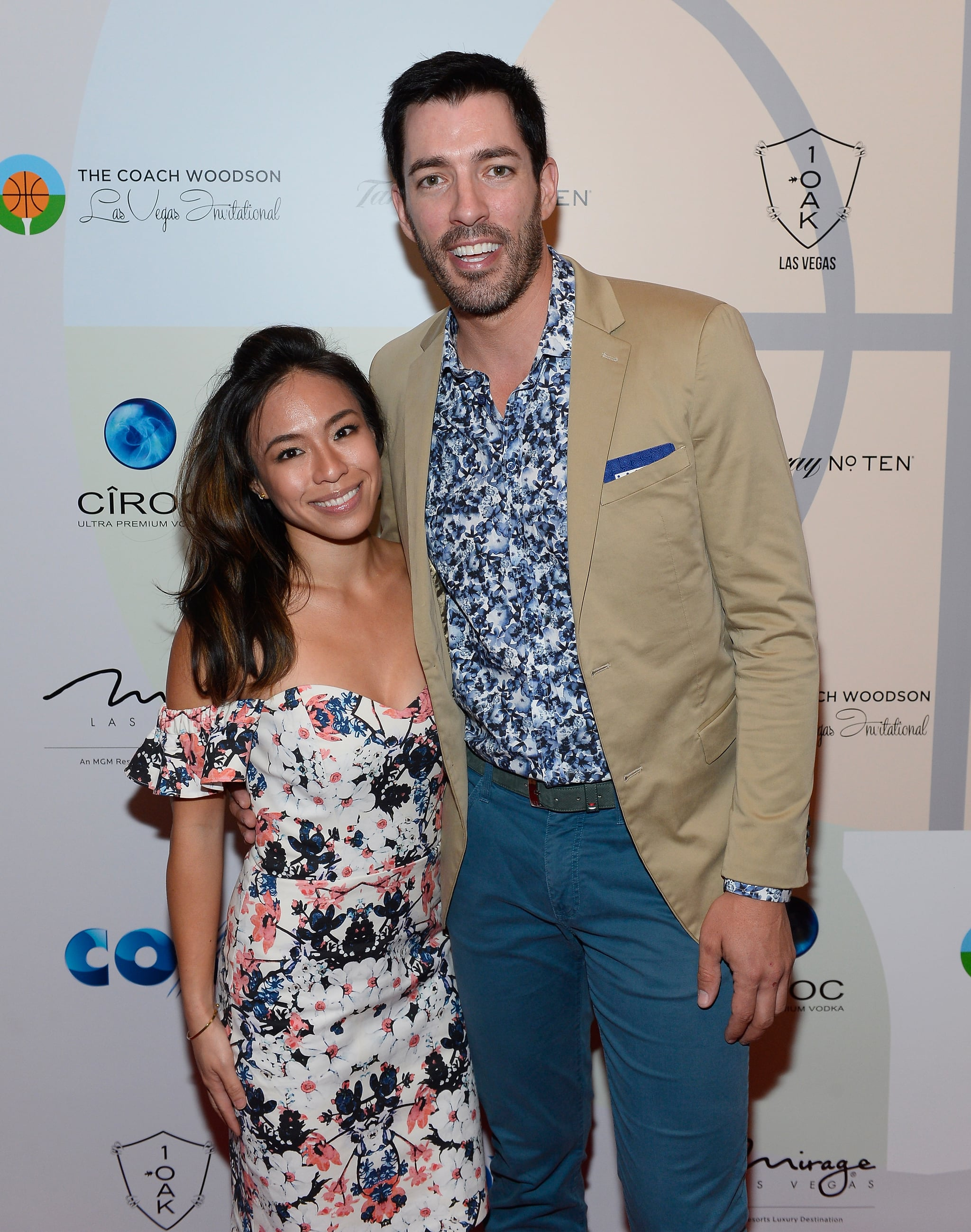 LAS VEGAS, NV - JULY 08:  Linda Phan (L) and television personality Drew Scott arrive at the Coach Woodson Las Vegas Invitational red carpet and pairings gala at 1 OAK Nightclub at The Mirage Hotel & Casino on July 8, 2017 in Las Vegas, Nevada.  (Photo by Bryan Steffy/Getty Images for PGD Global)