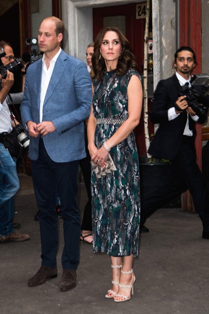 في يوليو 2017، ارتدت كيت فستاناً مزيّناً بطبعات الورود من تصميم ماركوس لوبفر ونسّقته مع حقيبة كلتش آن غراند- كليمانت.