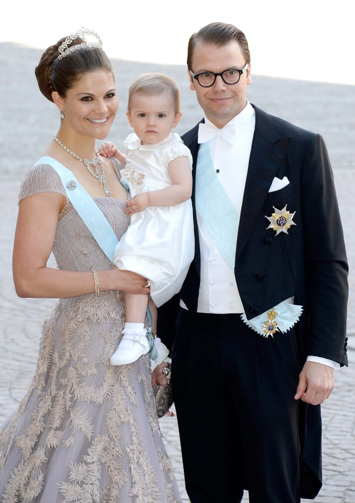 Princess Madeleine's sister, Crown Princess Victoria, and her family posed for a photo.