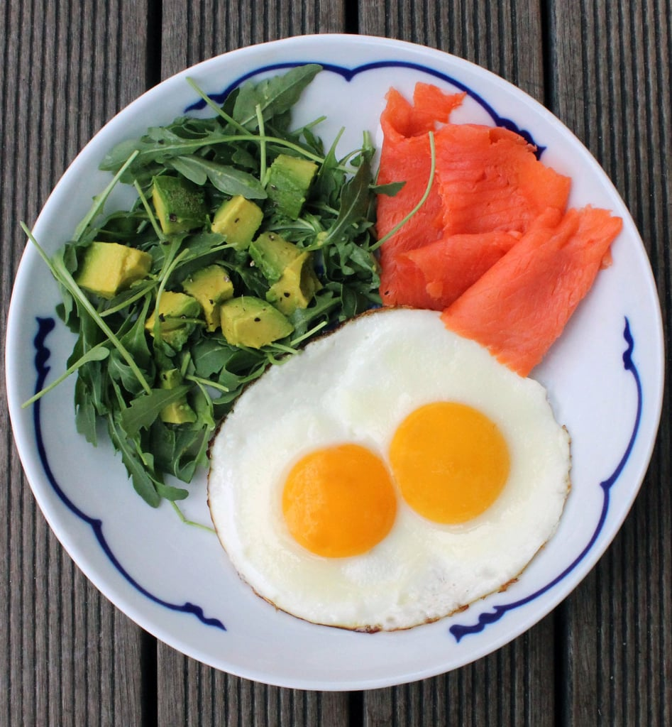 Eating 4 eggs a day to lose weight