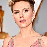 Scarlett Johansson's Hair and Makeup at the 2017 Oscars