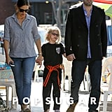 Ben Affleck and Jennifer Garner held hands with Violet.