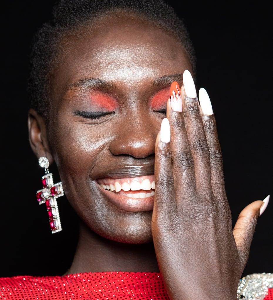 """""""Inner-Corner Pop"""" Eye-Makeup Trend For Summer"""
