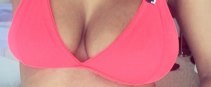1 Mom's Selfie Perfectly Shows What It's Like to Have Lopsided Boobs