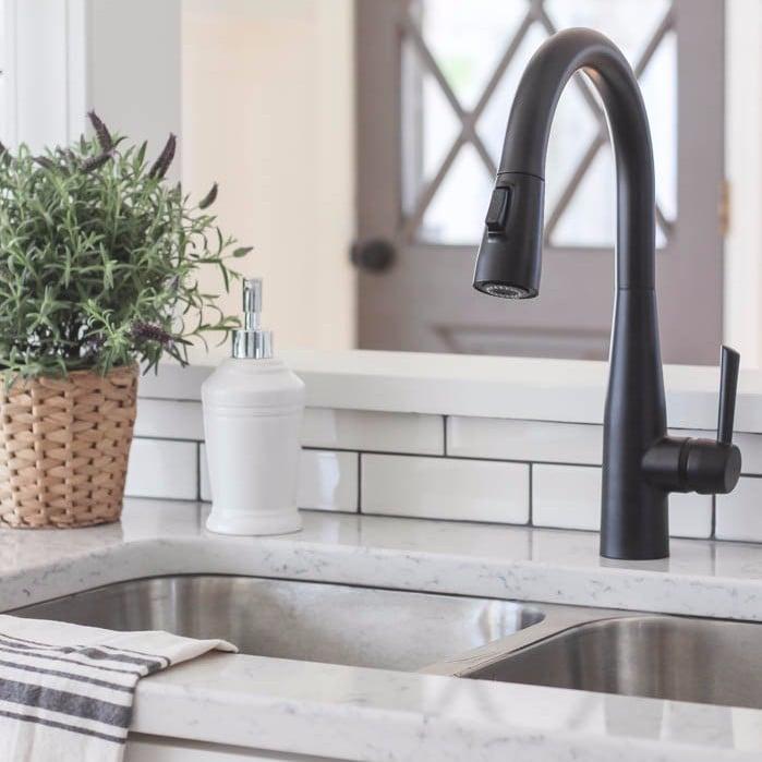 How Real Estate Agents Make Houses Smell Good POPSUGAR Moms - How to make the bathroom smell good