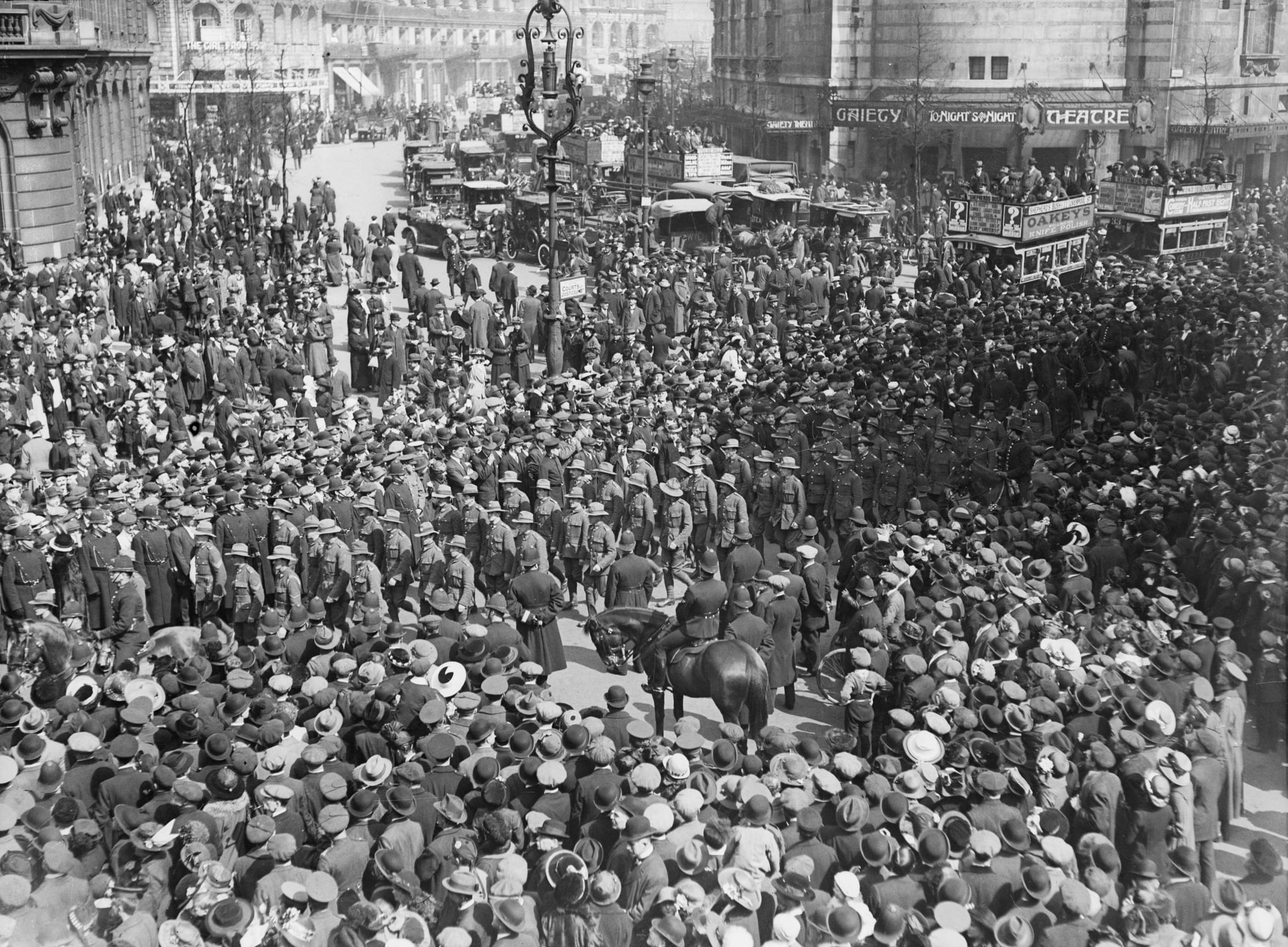 April 1916:  A large crowd in the Strand on Anzac day.  (Photo by Topical Press Agency/Getty Images)