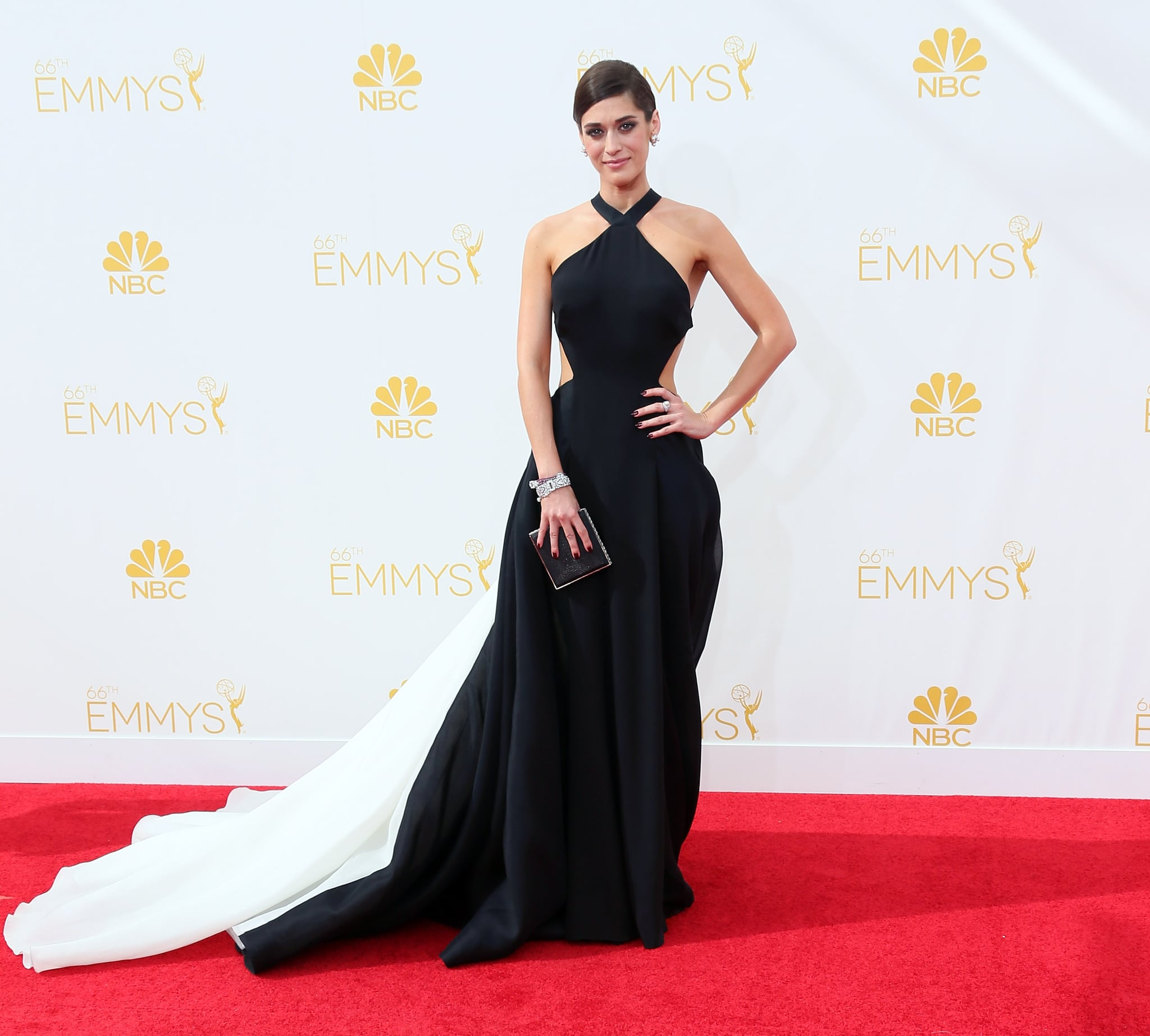 Lizzy Caplan's gorgeous Donna Karan Atelier gown was one of the best of the night.