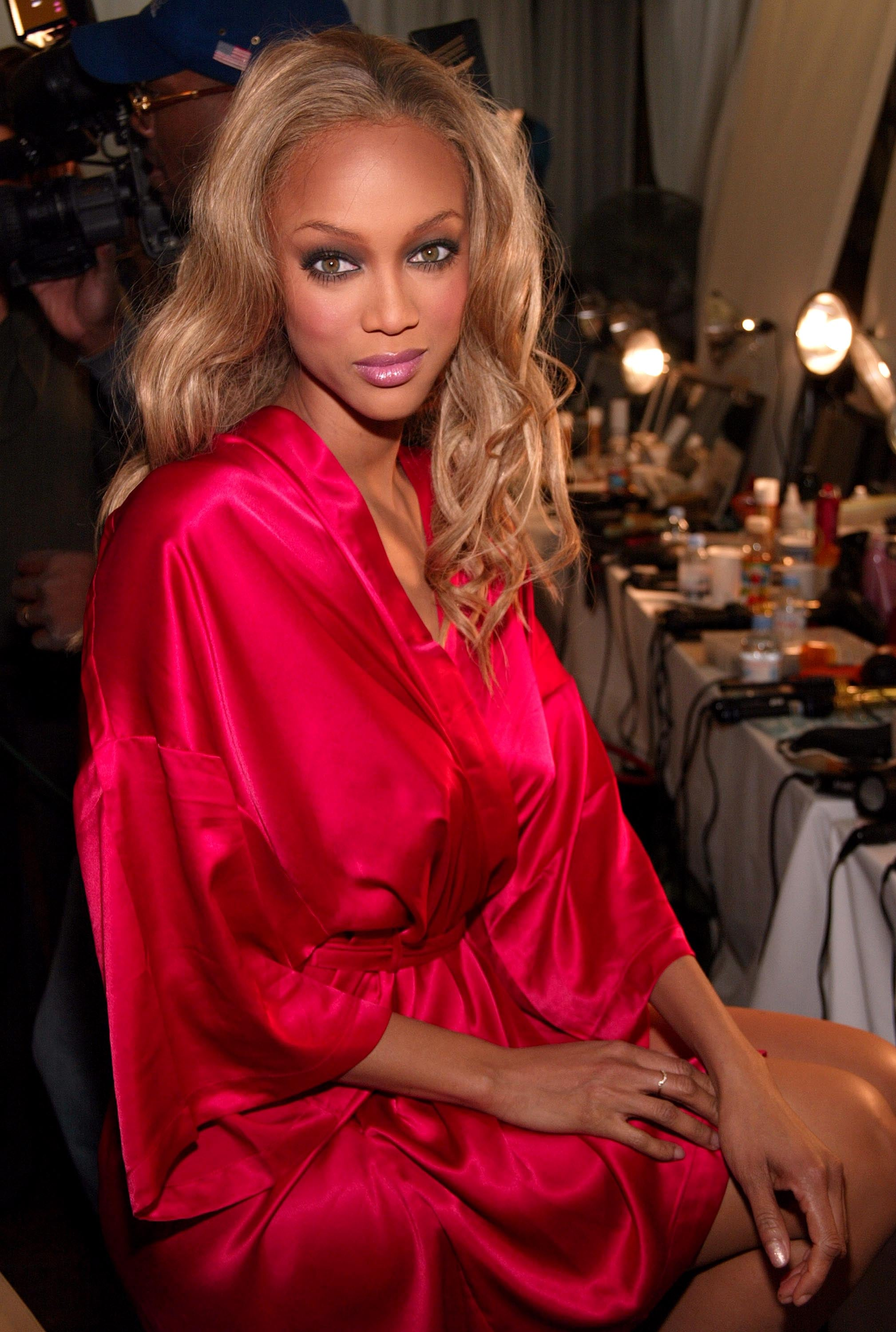 NEW YORK - NOVEMBER 13:  Supermodel Tyra Banks is photographed backstage at the Victoria's Secret Fashion Show at the 69th Regiment Armory November 13, 2003 in New York City. The fashion show will air November 19, 2003 on CBS.  (Photo by Evan Agostini/Getty Images)