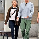Jake Gyllenhaal Out in NYC With His Mom May 2016 | Pictures