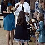 Kate went to see The Lion, The Witch and The Wardrobe in a teal Zara dress and black Whistles jacket.