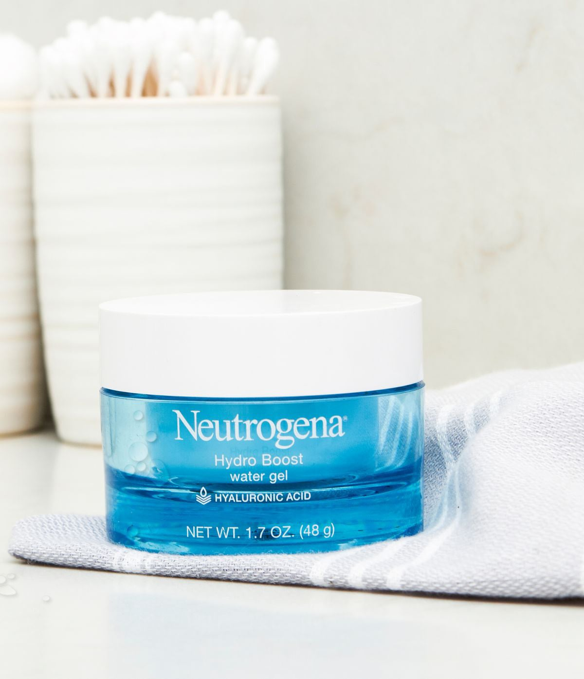 I've Been Using This Drugstore Moisturizer For 2 Years and I Refuse to Switch