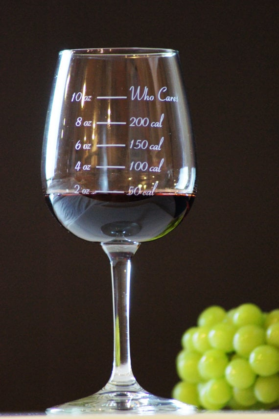 calorie-counting wine glass