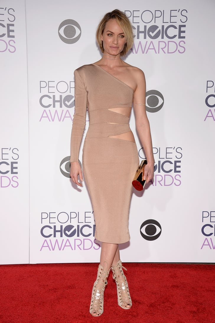 Amber Valletta People S Choice Awards 2016 Red Carpet