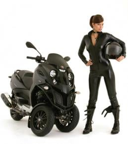 Eco Geek Chic: Hybrid Scooter